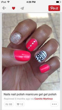 Nails... no jewels tho..