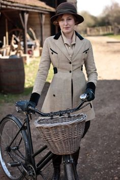 Edith, 'Downton Abbey'. Gorgeous cycle costume, typical of those adapted from riding habits worn during the 1910s.