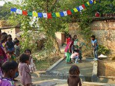 Porque aquí No se percibe igual 'el milagro de tener agua' que en una aldea pobre de India