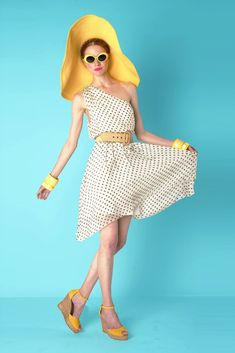 Alice + Olivia Resort 2012 Collection Photos - Vogue