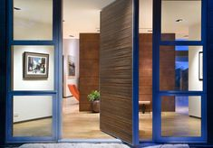 Entrance door design, photos, reworking, decor and concepts - Web page 5 Modern Entry, Modern Front Door, House Front Door, Front Door Design, Entrance Design, Glass Front Door, House Entrance, Modern Exterior, Glass Door