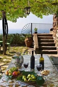 Scenic Mediterranean courtyard dining