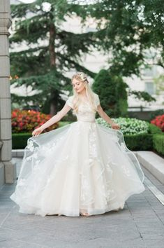 I FOUND MY WEDDING DRESS I LITERALLY TO WEAR THIS ON MY WEDDING DAY I HOPE THEY KEEP IT AROUND LONG ENOUGH AHHHHH Claralise at LatterDayBride