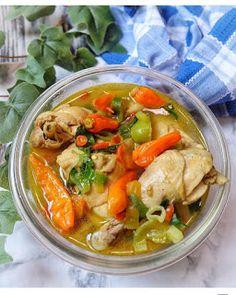 Resep Pindang Ayam Simpel By A Food, Good Food, Food And Drink, Honey Garlic Chicken Wings, Malay Food, Indonesian Cuisine, Indonesian Recipes, Catering Menu, Malaysian Food
