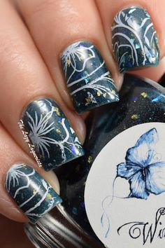 Floral nail art, nail stamping  Wingdust Collections Steel Town Girl, Konad Special Polish White, Pueen Plate 72