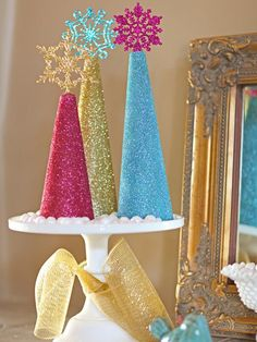 DIY Tutorial Glitter Christmas Trees with the colors from the Frozen Movie. DIY Christmas Crafts / DIY Make Felt Christmas Tree Decorations - Bead&Cord Tinsel Christmas Tree, Easy Christmas Ornaments, Frozen Christmas, All Things Christmas, Simple Christmas, Christmas Holidays, Christmas Crafts, Miniature Christmas, Homemade Christmas