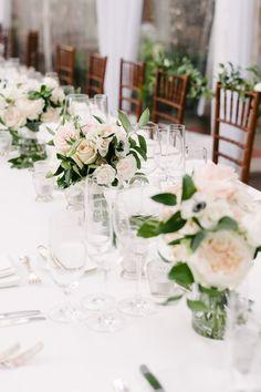 classic wedding table decor