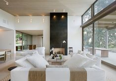 Designed in 2008 by Nicholas / Budd #Architects, this new residence is situated near the cost in Los Angeles, California.