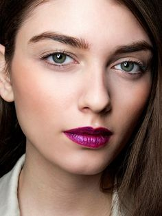 Purple lipstick is both mysterious and chic. (via @byrdiebeauty) #lipstick #beauty