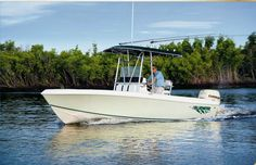 2012 Blue Water Boats 2150 Center Console Boat