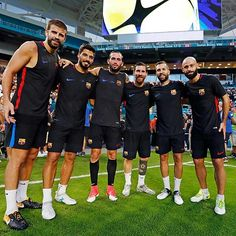 A legendary pic of present legendary barca players