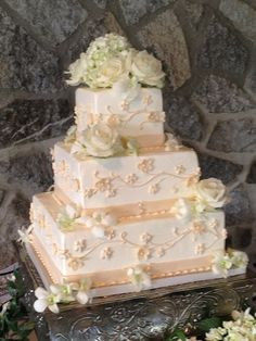 Le Gateau Wedding Cakes By Sue Larson In Columbus Ohio | Buttercream Cakes