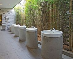 Gallery of River Safari / DP Architects – 6 - Alles für den Garten Tropical Toilets, Tropical Bathroom, Washroom Design, Toilet Design, Outdoor Bathrooms, Public Bathrooms, Wc Public, Toilet Restaurant, Dp Architects