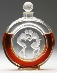 """212: RENE LALIQUE """"Le Baiser Du Faune"""" perfume bottle : Lot 212"""