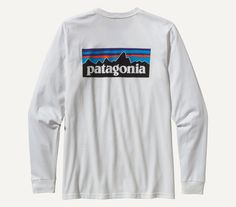 The Patagonia Long-Sleeved P-6 Logo Cotton T-Shirt is made of ringspun, long-staple organic cotton for softness and durability. Adventurers have spent decades climbing, biking, backpacking and paddlin