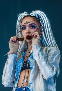 Fka Twigs Fashion Style : Photo