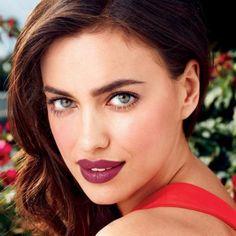 Avon Beyond Color Plumping Lip Color SPF 15 http://www.makeupmarketingonline.com/avon-beyond-color-plumping-lip-color-spf-15/
