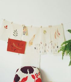 Fall is slowly arriving to Mundo Flo's studio   #inspirationwall #printedfabric #ecoprinting #printedleaves #fallmood #autumnmood #inthestudio #creativestudio #workspace #fallmoodboard #fallcolours #murakami #mundoflo