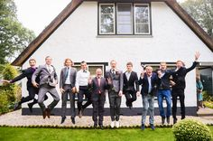 (c) ingephotography.nl love, wedding photography, photoshoot, wedding, family photoshoot, friends, jumping, fun, crazy