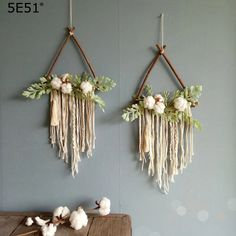 Dried Flower Wreaths, Dried Flowers, Le Triangle, Car Seat Organizer, Bullet Journal 101, Nature Decor, Retro, Wind Chimes, Dream Catcher