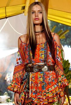 Colorful Tribal #Boho: Georgia May Jagger showcases Camilla Franks's MBFW on the runway at Sydney's Centennial Park, via Flickr.