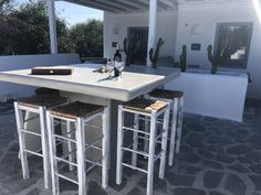 Sunny Vacation in Naxos Island - Holiday Naxos Luxury Villas Outdoor Bar Table, Outdoor Dining, Vacation Homes For Rent, Private Garden, Lounge Areas, Luxury Villa, Great View, Renting A House, Home Decor