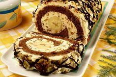 rolada o smaku cappuccino z bananami - Bing images Swiss Roll Cakes, My Favorite Food, Favorite Recipes, Baking Recipes, Dessert Recipes, Albanian Recipes, Polish Recipes, Cake Cookies, Food Hacks