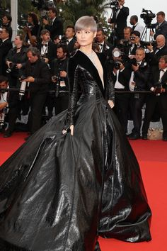 Li Yuchun - All the Breathtaking Looks From the 2016 Cannes Film Festival - Photos