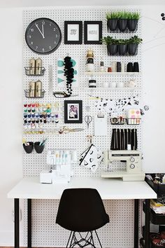 Organizing home with Pegboard is an awesome idea. There are many ways you can use Pegboard. You can use pegboard in almost every room of your home.
