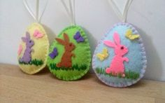Felt easter decoration - felt egg with bunny and butterflies / choice of background color green,blue,yellow