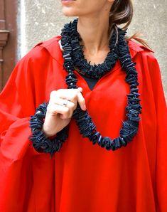NOUVELLE Collection Extravagant véritable cuir Long collier noir avec des perles / accessoire fonctionnel Multi fait à la main par AAKASHA A16325