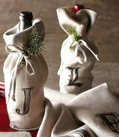 textured linen wine bags