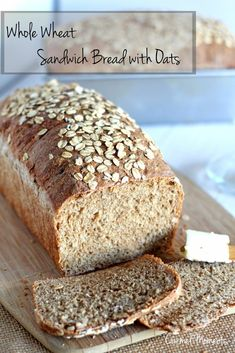 Whole Wheat Sandwich Bread with Oats - This whole grain bread is perfect for sandwiches is easy to slice and bakes up beautifully. Oat Bread Recipe, Best Homemade Bread Recipe, Bread Maker Recipes, Sandwich Bread Recipes, Banana Bread Recipes, Homemade Breads, Whole Wheat Sandwich Bread Recipe, Flourless Bread, Multi Grain Bread
