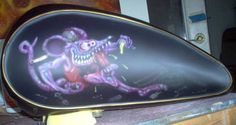 BE-UNIQUE.COM :: Airbrushed murals on Harley Motorcycles