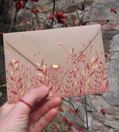 Beautiful envelopes for letters and handmade cards. Detailed and intricate floral designs. Mail Art Envelopes, Wedding Envelopes, Tarjetas Diy, Paper Art, Paper Crafts, Pen Pal Letters, Envelope Art, Envelope Design, Diy Cards