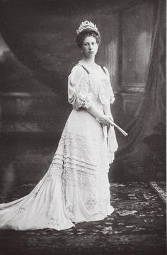 Grand Duchess Maria Georgievna Romanova of Russia,nee Princess of the Hellenes Leeds, Greek Royalty, Greek Royal Family, Anastasia Romanov, Grand Duchess Olga, House Of Romanov, Royal King, Imperial Russia, Royal Jewelry