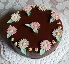 Fotorecept: Čokoládova torta s čučoriedkovým krémom