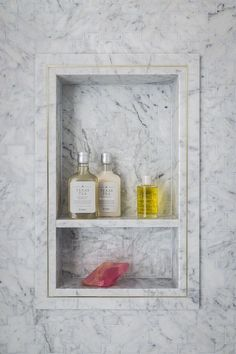 """As I mentioned before, the 2015 San Francisco Decorator Showcase featured lots and lots of beautiful wallcoverings. One space that stood out, was the """"Lip Service"""" teen girl's bathroom by designers Je"""