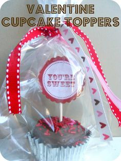 Printable of the Month: Valentine Cupcake Toppers