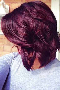 Fall hair color, Cute Red Violet Hair Color for Medium Hair Ideas - New Hair Red Violet Hair, Violet Hair Colors, Hair Color Purple, Hair Color And Cut, Color Red, Purple Burgundy Hair, Burgundy Bob, Burgundy Hair Colors, Cherry Red Hair