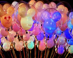Image uploaded by kpcake. Find images and videos about disney, balloons and mickey on We Heart It - the app to get lost in what you love. Disney Balloons, Up Balloons, Balloons Galore, Heart Balloons, Bucket List For Girls, Summer Bucket Lists, Big Bucket, Disney Parks, Disney Pixar