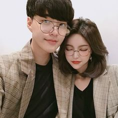 Image uploaded by 노을 ☾. Find images and videos about couple, korean and ulzzang on We Heart It - the app to get lost in what you love.
