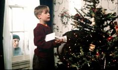 Home Alone at 30: how the unlikely Christmas comedy has endured | Film | The Guardian Great Christmas Movies, A Christmas Story, Christmas Lights, Christmas Fireplace, Lost In New York, Home Alone 1, Home Alone Christmas, Fox Home