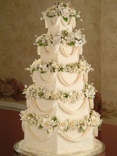 Wedding Cake This is beyond beautiful. It is stunning, breathtaking exquisite & very elegant..K♥♥♥♥♥