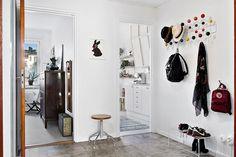 Hall med vackert marmorgolv