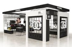 BEAUTY / Buro Loves / The Chanel beauty boutique at Heathrow's I was here May 2007 Kiosk Design, Display Design, Booth Design, Retail Design, Store Design, Boutique Interior, Tienda Pop-up, Stand Feria, Cosmetic Shop