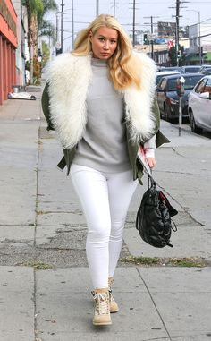 Iggy Azalea from The Big Picture: Today's Hot Pics  Staying warm! The songstress turns heads as she arrives to a recording studio in Los Angeles.