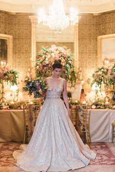 Step into enchanting holiday wedding ideas filled with a Christmas Carol storyline that unfolds splendor frame after frame thanks to Teresa C Photography.