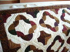 Drunkard's Path Quilt  close-up