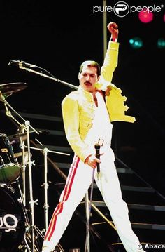 1000+ images about Freddie Mercury The Legend Costumes on ...